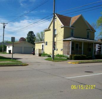 308 E Iowa St Prairie du Chien, WI 53821 - Lower