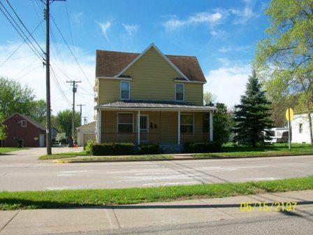 308 E Iowa St Prairie du Chien - Upper