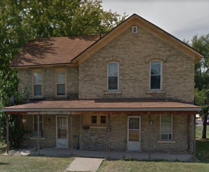 215 1/2 N. Beaumont Rd., Prairie du Chien
