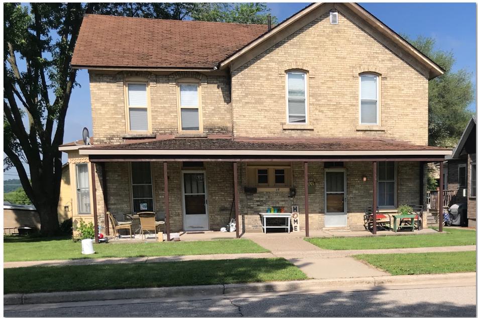 215 N. Beaumont Rd., Prairie du Chien